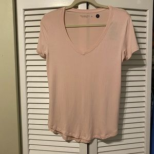 NWT Abercrombie & Fitch drapey tee